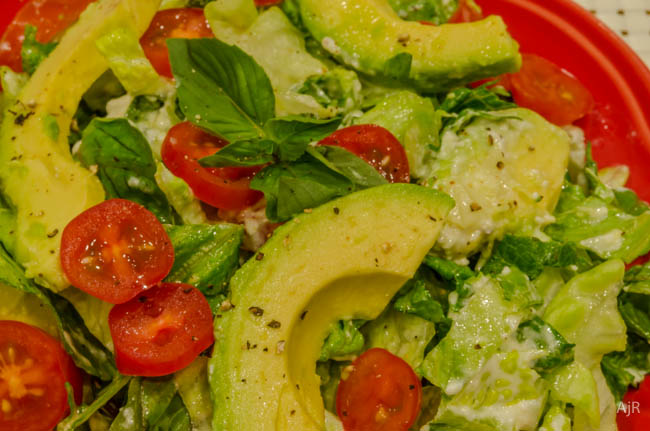 Salad #32 – Tomato, Avocado, and Lettuce Salad